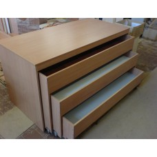Кровать детская со шкафом трехъярусная выкатная для д/сада